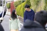 結婚情報誌『ゼクシィ』の新CMに出演する(左から)堀田真由、鈴木仁