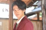 『美食探偵 明智五郎』(毎週日曜 後10:30)第6話に出演する中村倫也 (C)日本テレビ