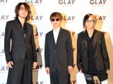 公約発表会を行った(左から)TAKURO、JIRO、HISASHI (C)ORICON NewS inc.