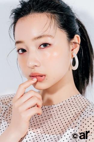 サムネイル 『ar』6・7合併号に登場する村瀬紗英