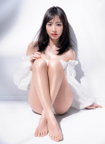サムネイル 『VOCE 7月号』の表紙を飾った内田理央