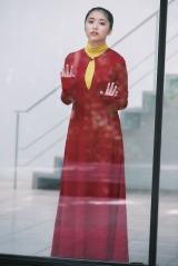 『smart』7月号ローソンHMV・Loppi限定版の表紙を飾る大原優乃  撮影:三宮幹史(TRIVAL)