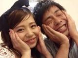 オンライン結婚式を行うバンビーノ藤田夫妻