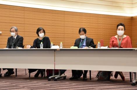 3者連合文化芸術復興基金創設に関する記者会見に出席した(左から)福島明夫、詩森ろば、西川信廣、渡辺えり (C)ORICON NewS inc.
