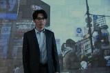 取材対象に迫る記者・杉山(藤森慎吾)の攻防も(C)「ネット興亡記」製作委員会