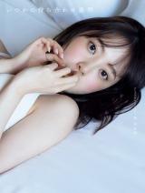 堀未央奈2nd写真集『いつかの待ち合わせ場所』HMV限定版表紙