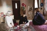 尾仁子の部屋(左から)松重豊、染谷将太、池田エライザ(C)テレビ東京
