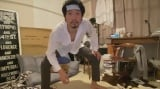 風邪をひいて自室にこもっている設定(C)NHK
