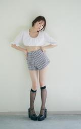 久間田琳加ファースト写真集『りんくまちっく』(C)三瓶康友/Seventeen