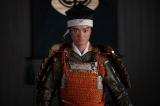 織田信長(染谷将太)=7月7日放送、大河ドラマ『麒麟がくる』第21回「決戦!桶狭間」より(C)NHK