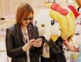 (左から)YOSHIKI、yoshikitty