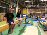 中野結香アナウンサー(右)と芦川うらら選手