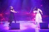 西川貴教+ASCAは「天秤-Libra-」を熱唱(C)フジテレビ