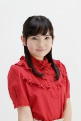 「遊☆戯☆王SEVENS」で安立ミミ役を担当する鈴木梨央