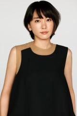 日本テレビ系日曜ドラマ『親バカ青春白書』に出演する新垣結衣 (C)日本テレビ