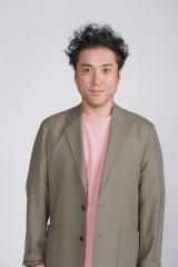 日本テレビ系日曜ドラマ『親バカ青春白書』に出演する主演のムロツヨシ (C)日本テレビ
