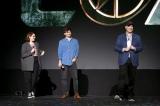 (左から)『Loki(ロキ)』ケイト・ヘロン監督と脚本を担当するマイケル・ウォルドロン、ケヴィン・ファイギ社長==『D23Expo2019』Disney+ Showcase(C)2019 Getty Images