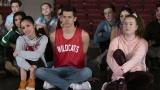 『ハイスクール・ミュージカル:ザ・ミュージカル』第1話より。ディズニープラスで配信中 (C)2020 Disney