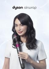 『ダイソン』ヘアケア製品のヘアビューティーアイコンに就任した長谷川京子