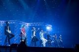 7日間連続の有料配信ライブ『LIVE×ONLINE』(ABEMA)の6日目に登場した