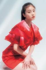 『ヤングジャンプ』32号の表紙を飾った今田美桜(C)toki/集英社