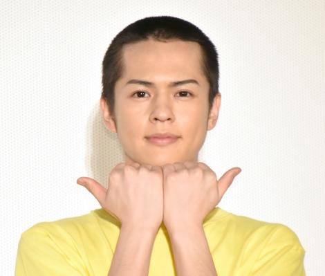 映画『私がモテてどうすんだ』の公開記念舞台あいさつに登壇した奥野壮 (C)ORICON NewS inc.