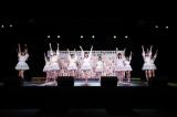西日本シティ銀行 HKT48劇場で「青春の出口」を歌ったHKT48 (C)Mercury