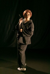 さなぎを蝶に変身させる美の魔術師、芋坂(IKKO)=ABCテレビ・テレビ朝日ほかで『日暮里チャーリーズ』(全4話)放送決定(C)ABCテレビ