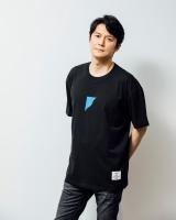 黒Tシャツも製作(白・黒ともに税込3000円/サイズ:S、M、L、XL)