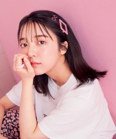 サムネイル 『mini』9月号の表紙を飾る上白石萌音