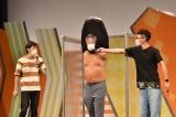 BOSS E・ZO FUKUOKA常設直営劇場『よしもと福岡 大和証券/CONNECT劇場』オープンセレモニーに出席したロバート