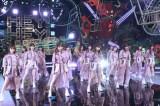今夜放送『HEY!HEY!NEO! MUSIC CHAMP』に出演する乃木坂46(C)フジテレビ