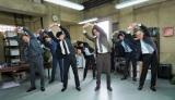 『刑事7人』テーマ曲にあわせてやってみよう。オリジナルストレッチ動画公開 (C)テレビ朝日