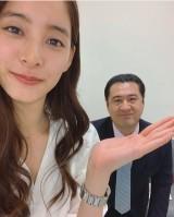 新木優子&小手伸也のドラマオフショット (写真は公式ブログより)