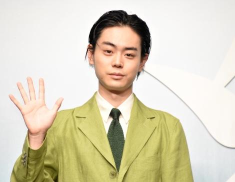 初の父親役でデレデレだったことを明かした菅田将暉=映画『糸』完成報告会(C)ORICON NewS inc.