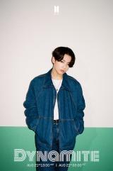 BTS、新曲「Dynamite」個別写真公開 衣装・ポーズで個性をアピール