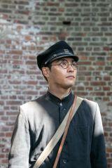 石村修(柳楽優弥)=国際共同制作 特集ドラマ『太陽の子』総合・BS8K・BS4Kで8月15日放送(C)NHK