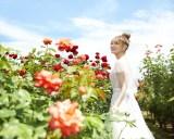 『ゼクシィ国内リゾートウェディング』2020 Autumn & Winter号で表紙を飾った生駒里奈