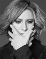 24時間テレビより「Forever Love」で一夜限りのスペシャルステージを披露するYOSHIKI