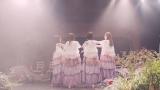 乃木坂46の2期生曲「ゆっくりと咲く花」MVより