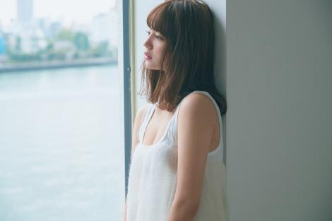『FRIDAY』8月28日(金)発売号(講談社)に登場するNANAMI 撮影=三瓶康友