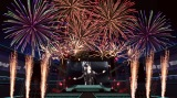 【イメージ写真】事前収録した打ち上げ花火と氷室京介の過去ライブ映像が完全シンクロした新感覚のエンターテインメントライブ