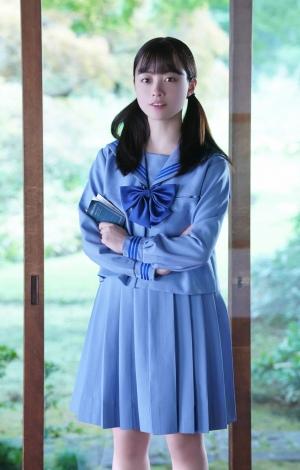 10月15日スタートの木曜劇場 『ルパンの娘』で中学生時代の美雲を演じる橋本環奈