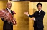 『第38回 向田邦子賞』授賞式に出席した(左から)金子茂樹氏、生田斗真 (C)ORICON NewS inc.