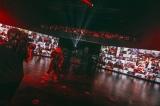 Zepp Hanedaに設置された大型パネルに視聴者全員を30秒に1回のローテーションで映し出した『HYDE LIVE 2020 Jekyll & Hyde』