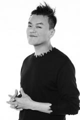 総合プロデューサーのJ.Y. Park氏