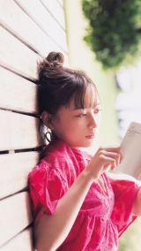 鈴木絢音1st写真集『タイトル未定』が11月10日に発売決定 撮影:新津保建秀