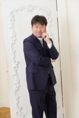 Amazon Originalドラマシリーズ『誰かが、見ている』(9月18日より配信中)隣人・粕谷次郎役で出演する佐藤二朗(C)2020 Amazon Content Services LLC