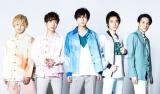 A.B.C-Z新ビジュアル(左から)塚田僚一、河合郁人、橋本良亮、戸塚祥太、五関晃一