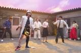 山之内すずがコント初挑戦。さまざまな部活の学生たちが次々と登場する「スポーツ番長RX」=総合『LIFE!〜人生に捧げるコント〜』10月2日放送 (C)NHK
